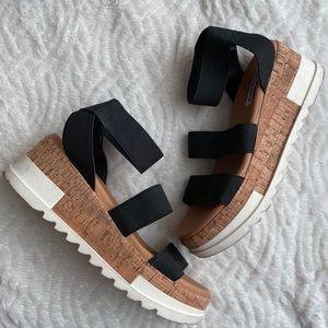 Steve Madden elastic bandi platform sandals 7